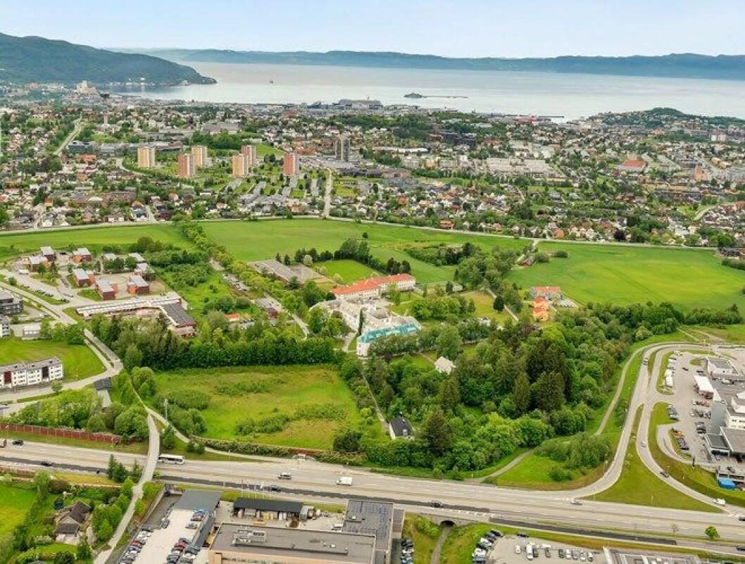 NYE EIERE: Brøset i Trondheim er solgt, og kan gi plass til 1.700 boliger. (Foto: Statsbygg)