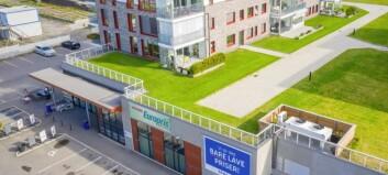 Selger fem eiendommer i Innlandet