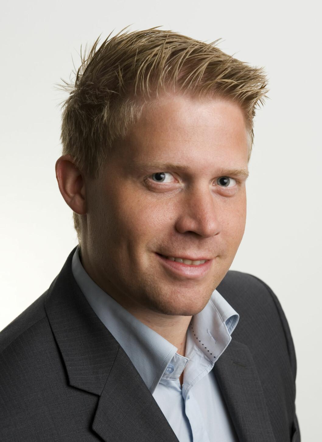 STERK BALANSE: - Selskaper med sterk balanse vil overleve, sier Simen Mortensen.