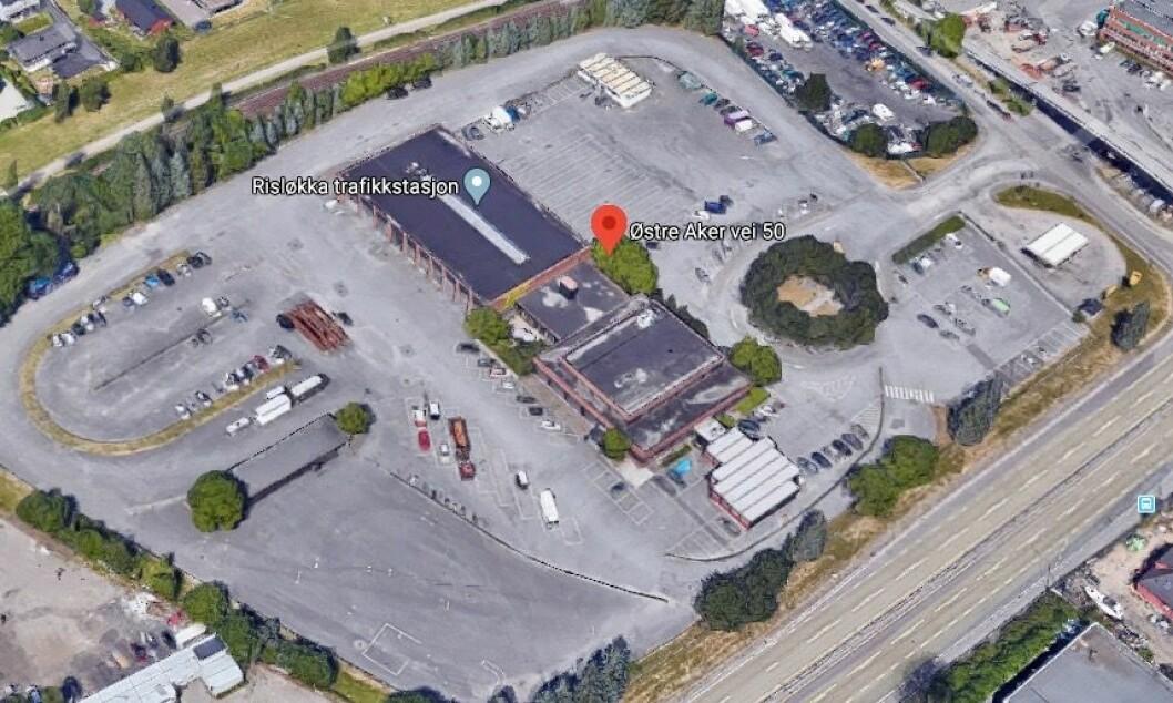 OPPTIL 5 000 KVM: Det nye bygget blir trolig mellom 3 600 og 5 000 kvadratmeter. Foto: Google Street View
