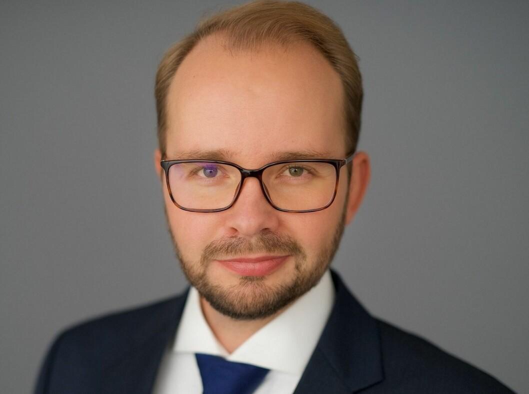 SER NÆRMERE PÅ STØTTEORDNINGENE: Pål Gude Gudesen, senioradvokat Dalan Advokatfirma.