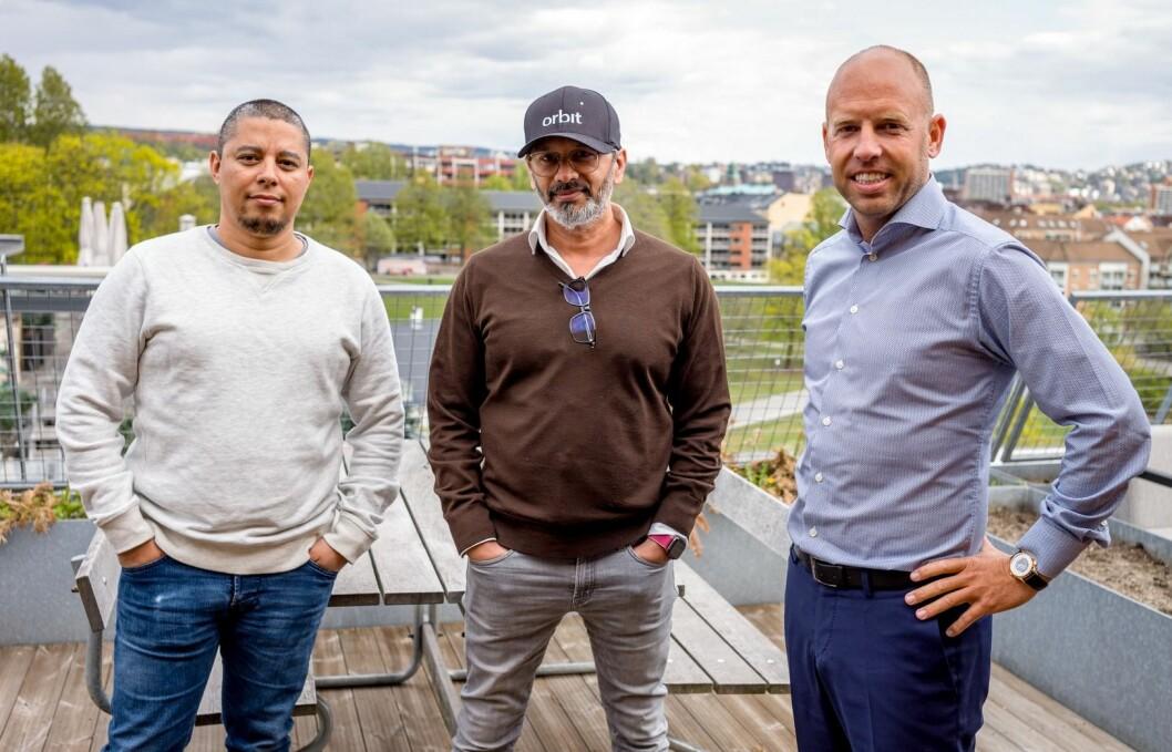 NYTT FOKUS: Daniel Bentes, Wasim Rashid og Emil Eriksrud snur fokuset på Proptech-løsningen Orbit, men vil lansere opprinnelig løsning utover høsten.