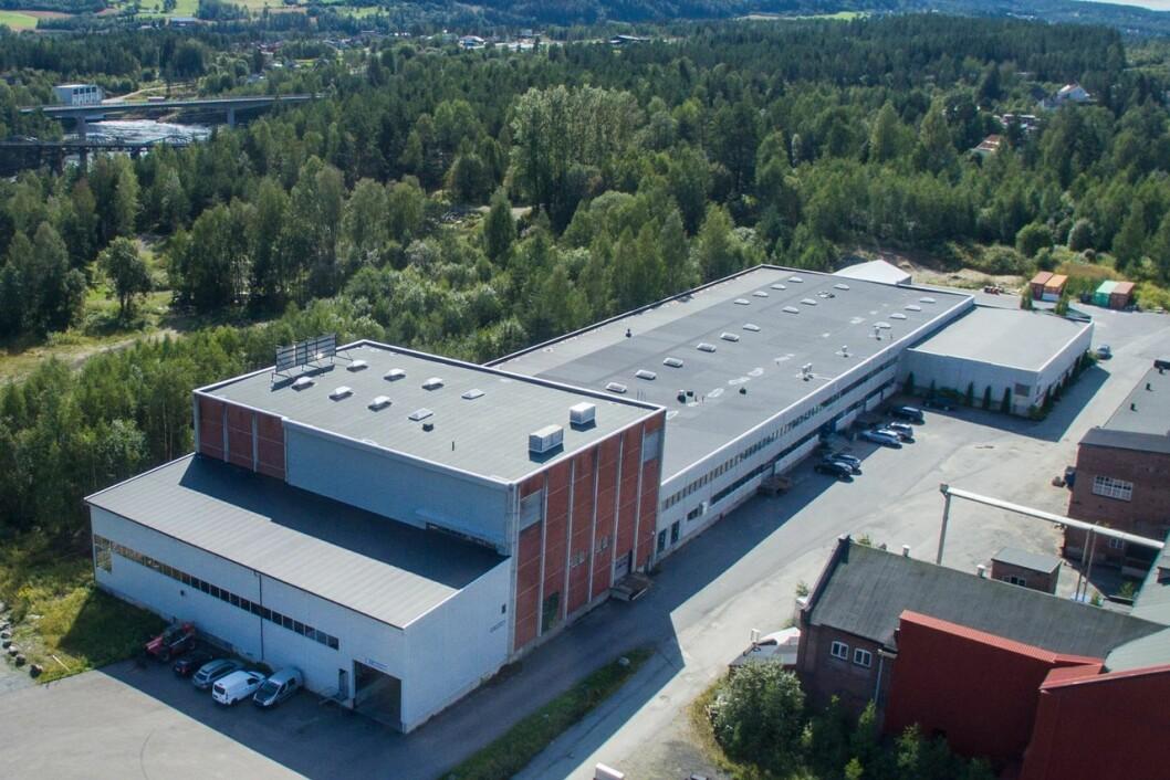 SELGES: Eieren håper å få 45 millioner for denne fabrikken. Foto: BNM Realist Næringsmegling
