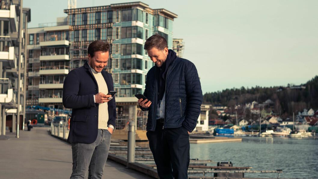 GÅR DIGITALT: Digitale nøkler er en forenkling i mange ledd i etboligprosjekt. Finn Magnus Holden (til venstre), Forretningsutvikler Unloc. MariusLeiddal Eiendomsutvikler, AF Eiendom.