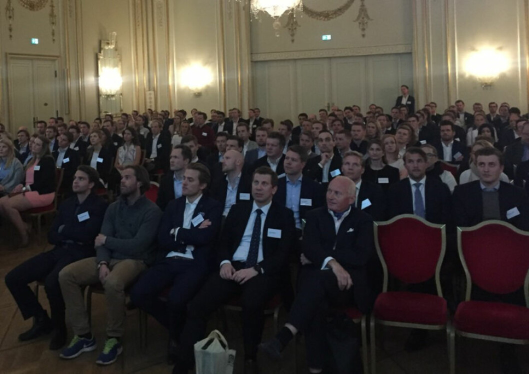 ÅPNET DØRENE: Til tross for streik på Grand Hotel sviktet ikke Christian Ringnes og Eiendomspar, som i går var vertskap for 200 av medlemmene til Ung i Næringseiendom.