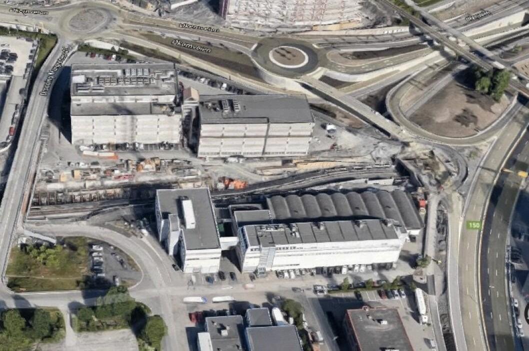 Tomten ligger i et område hvor det allerede er planlagt flere store prosjekter. (Foto: Google)