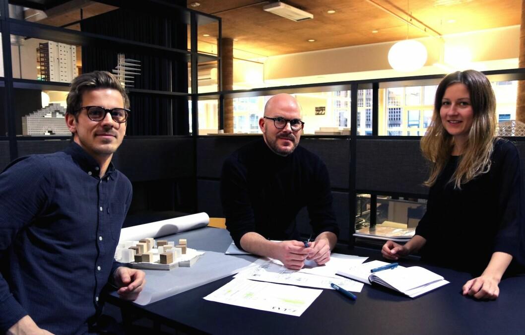 Dette er en del av A-labs nysatsningen innen retail. Fra venstre Lars Olav Dybdal, frilanser, designer, Espen Veiby, arkitekt og interiørarkitekt og Kare Anti, arkitekt.