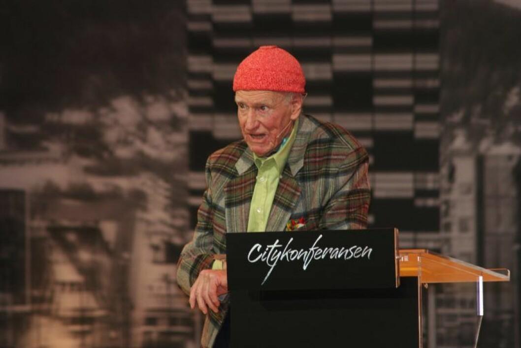 JAKTER 300 MILLIONER: Olav Thon.