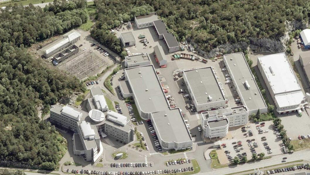 SOLGT: BKKs eiendom i Kokstadvegen 37 er på vel 30.000 kvadratmeter. Foto: KYTE Næringsmegling