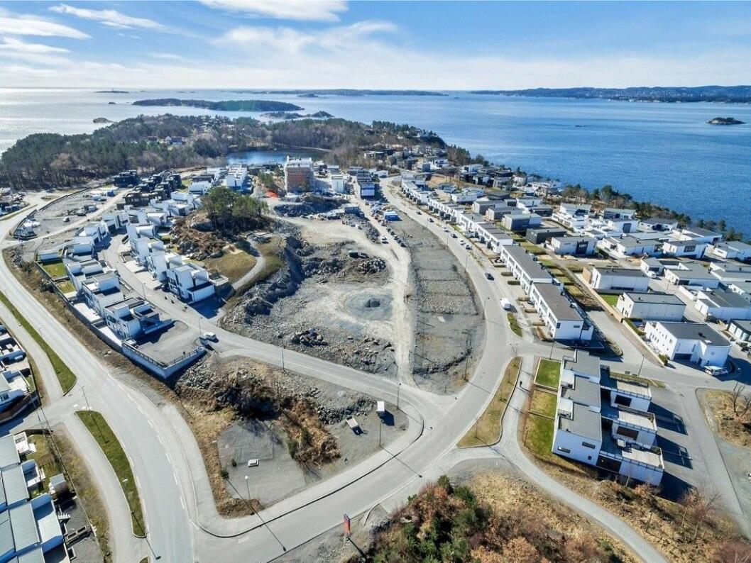 SJØNÆRT: Skanska selger nå 15 mål stor utviklingstomt på Dvergsnesodden.