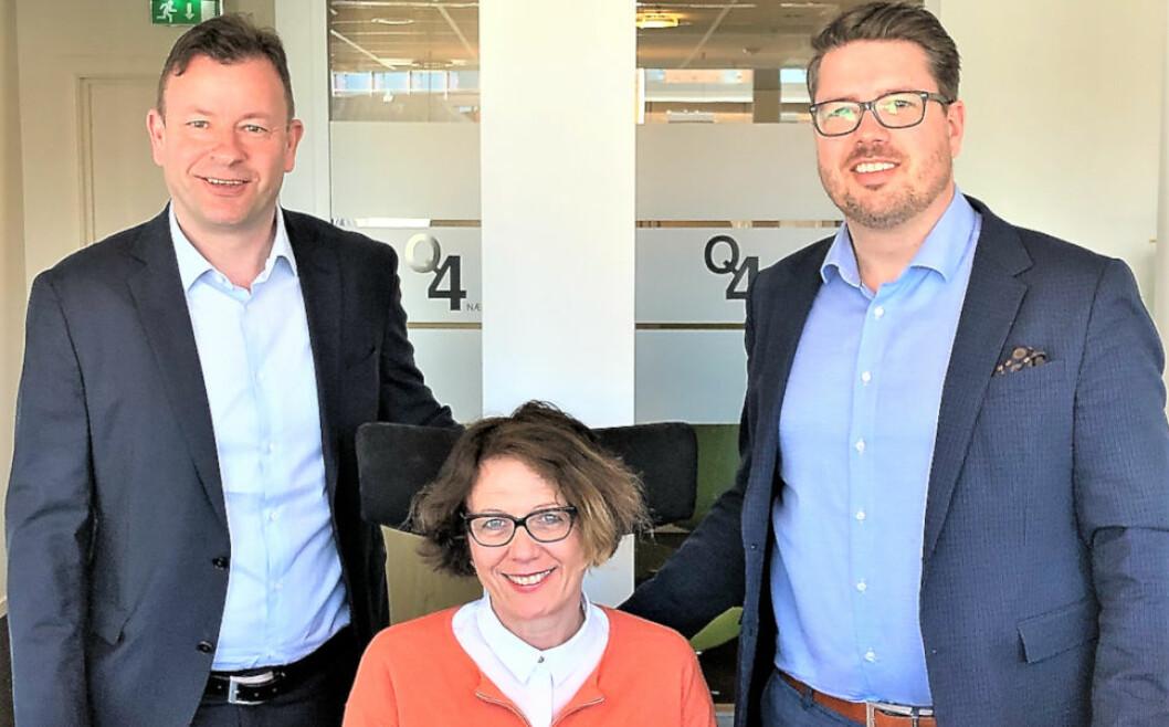 LEVERER GODE TALL: F.v. Ola Larsen, Cathrin E. Janås og Lars Tveit i Q4 Næringsmegling.