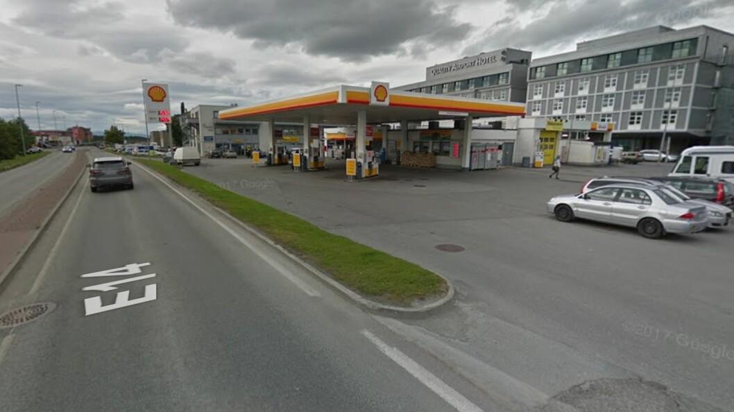 LEIESTRID: Ved denne Shell-stasjonen har St1 leid ut et verksted hvor det ble strid om leieprisen ved forlengelse av kontrakten. Foto: Google Street View