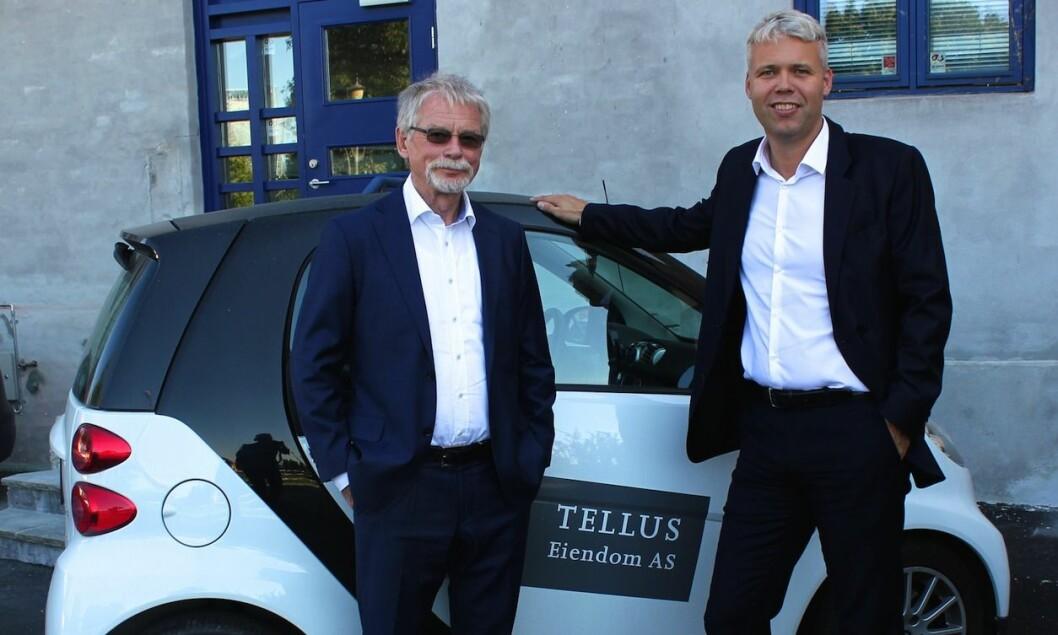 HYGGELIG REISE: Edvard Bakkejord og Per Øivind Dahl i Tellus Eiendom har hatt en økonomisk hyggelig reise med bygårdene.