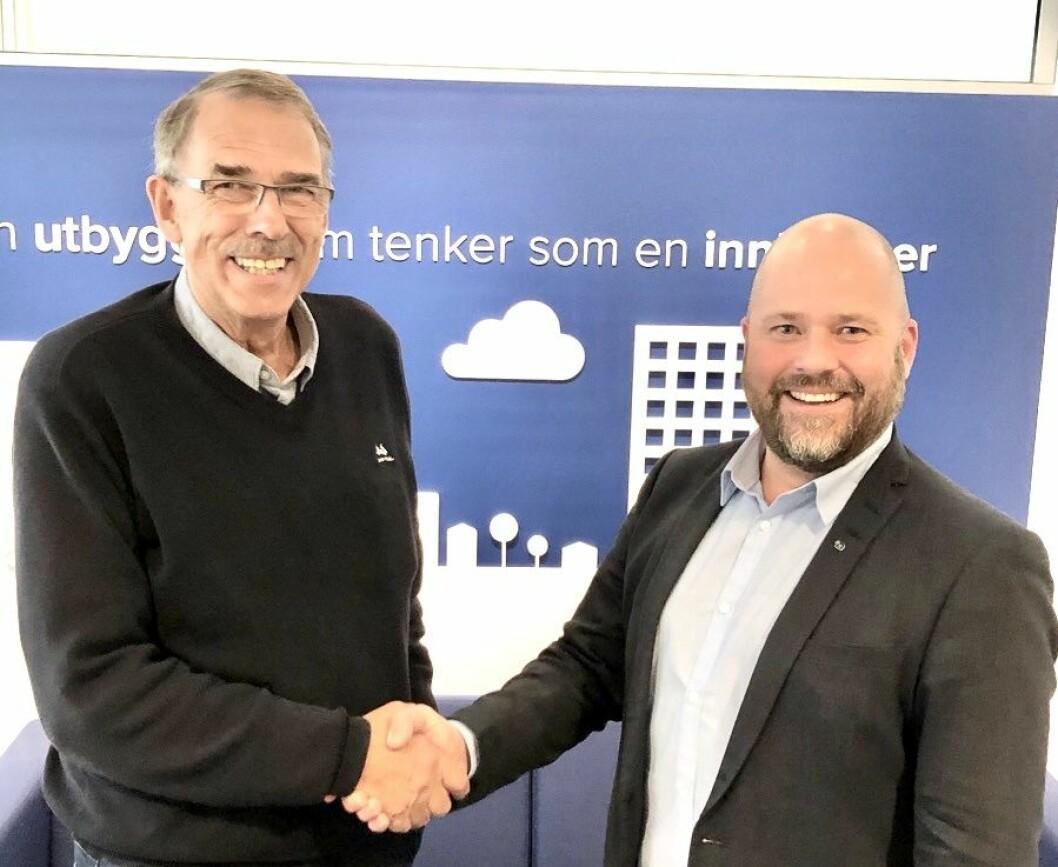 OPPKJØP: Daglig leder i Eiendomsforvaltning Bjørn Hårsaker (t.v), og avdelingsleder Rune Egeness i Obos Eiendomsforvaltning i Trondheim.