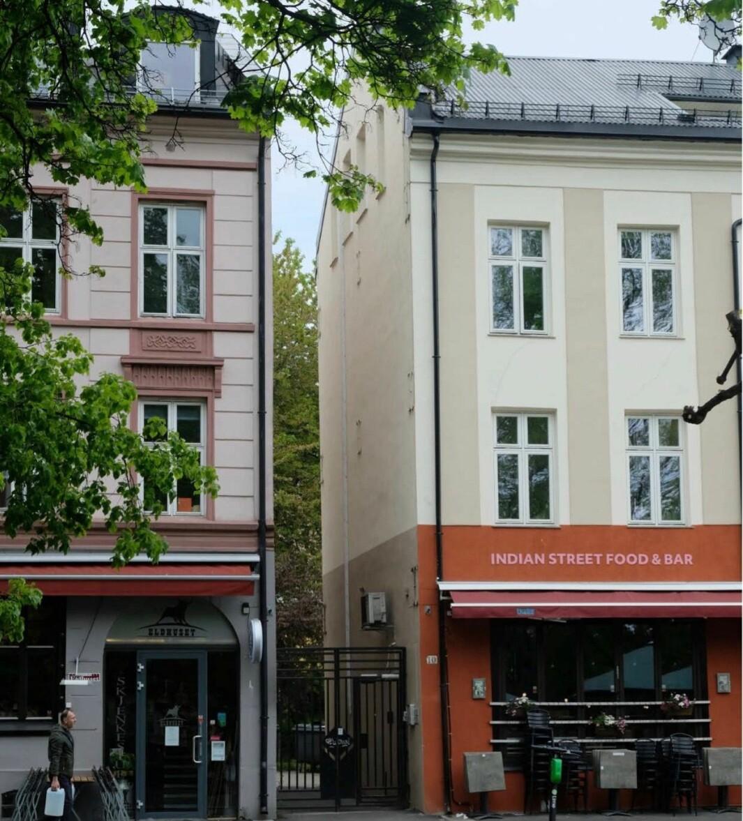 KLASSISK: Den lille tomten ligger mellom de to klassiske murgårdene Olaf Ryes plass 9 og 10.