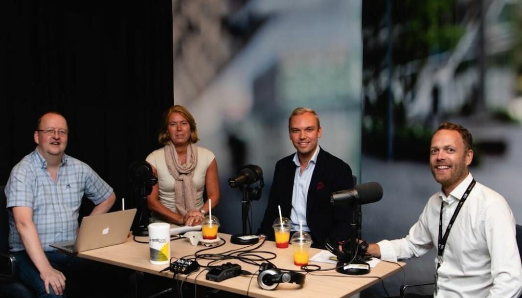 Oslo S Utviklings adm. direktør Synnøve Lyssand Sandberg (midten til venstre) og prosjektmegler i DNB, Julian Hahn (midten til høyre) er gjester i den seneste utgaven av podcasten Oppdrag Eiendom.