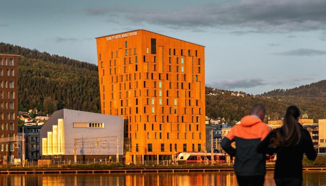 BRUNOSTEN: Striden om regningen for hotellet som har kallenavnet Brunosten er over.