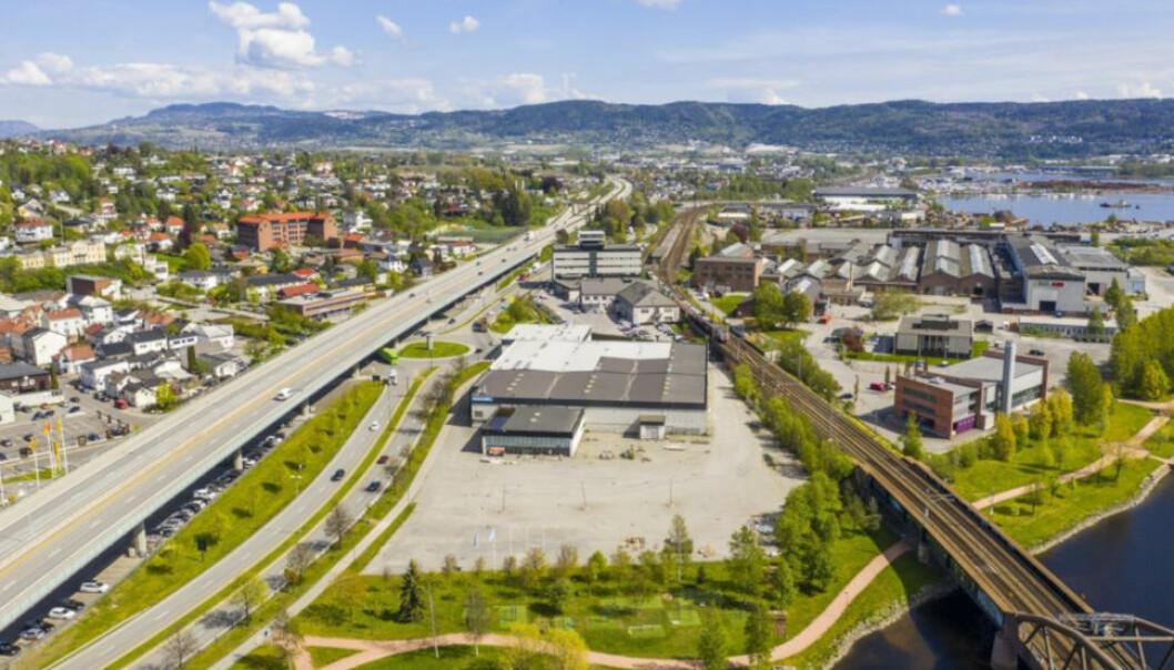 STORE UTVIKLINGSMULIGHETER: Denne eiendommen i Drammen kan gi opp mot 24.000 kvadratmeter nytt næringsareal. Nå har oslofirmaet Vedal AS kjøpt seg inn i prosjektet. (Skjermdump Mikkelsen AS)