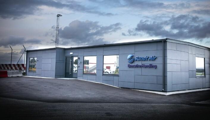 Ventelounge for Sundt Air og Avinor: Bygget består av både ventesoner, kontorfasiliteter og kjøkken for gjester og ansatte.