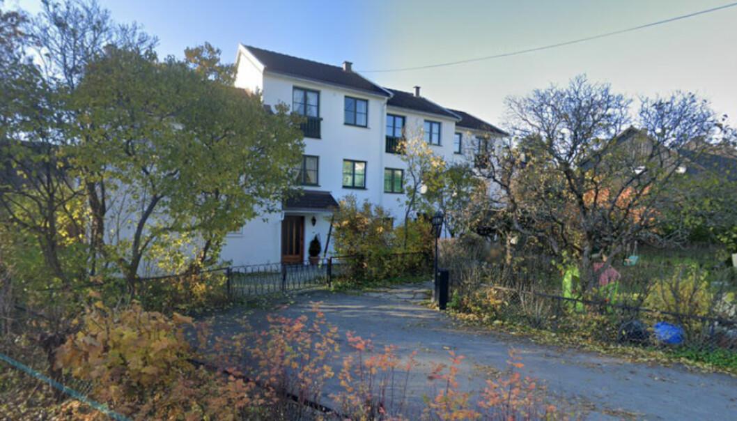 SELGER GIKK FRI: Oslo tingrett har nylig behandlet en tvist mellom kjøper og selger i dette rekkehuskomplekset på Slemdal i Oslo. Kjøperen krevde prisavslag for mangler, men måtte i stedet dekke motpartens sakskostnader. (Google Street View)