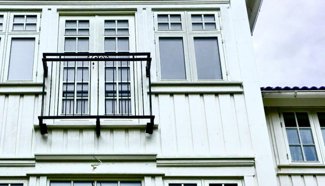 GROVT BEDRAGERI: Huseieren trodde han skulle få pusset opp huset. Arbeidene ble knapt utført, og i stedet ble han loppet for flere millioner kroner. (Ill. foto)