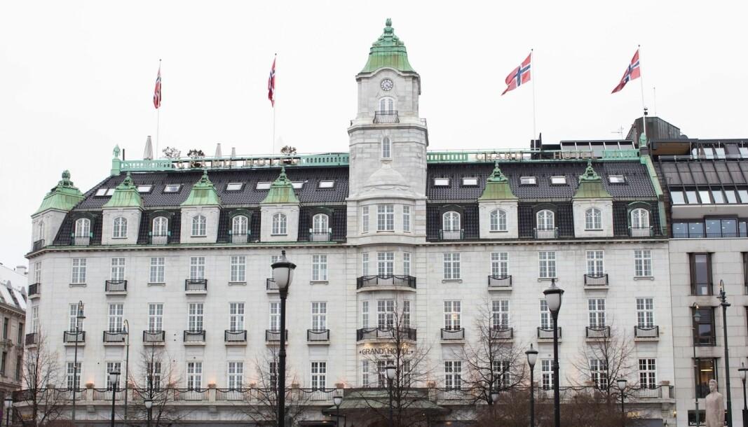 KLAR FOR ÅPNING: Hotellene er klare for åpning igjen etter pandemien. Her er ærverdige Grand Hotel.