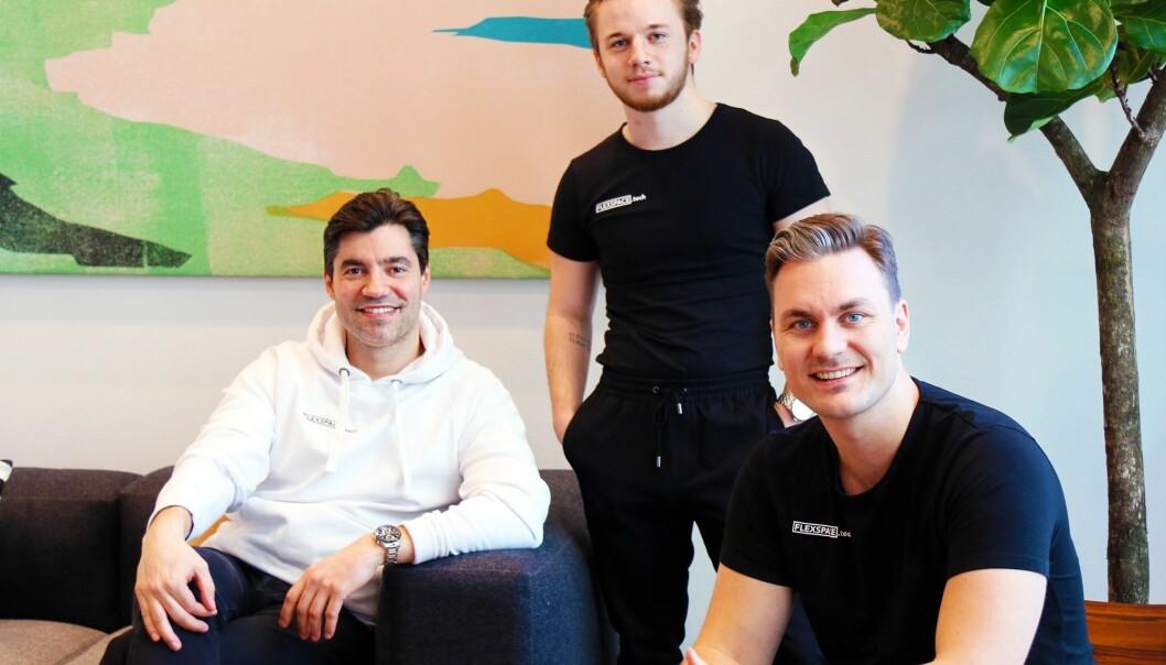 Oslo-teamet til Flexspace. Fra venstre: Michael Angelo Justiniano, administrerende direktør, Simen Strandos, intern, og Jens Rask-Jensen, salgssjef.