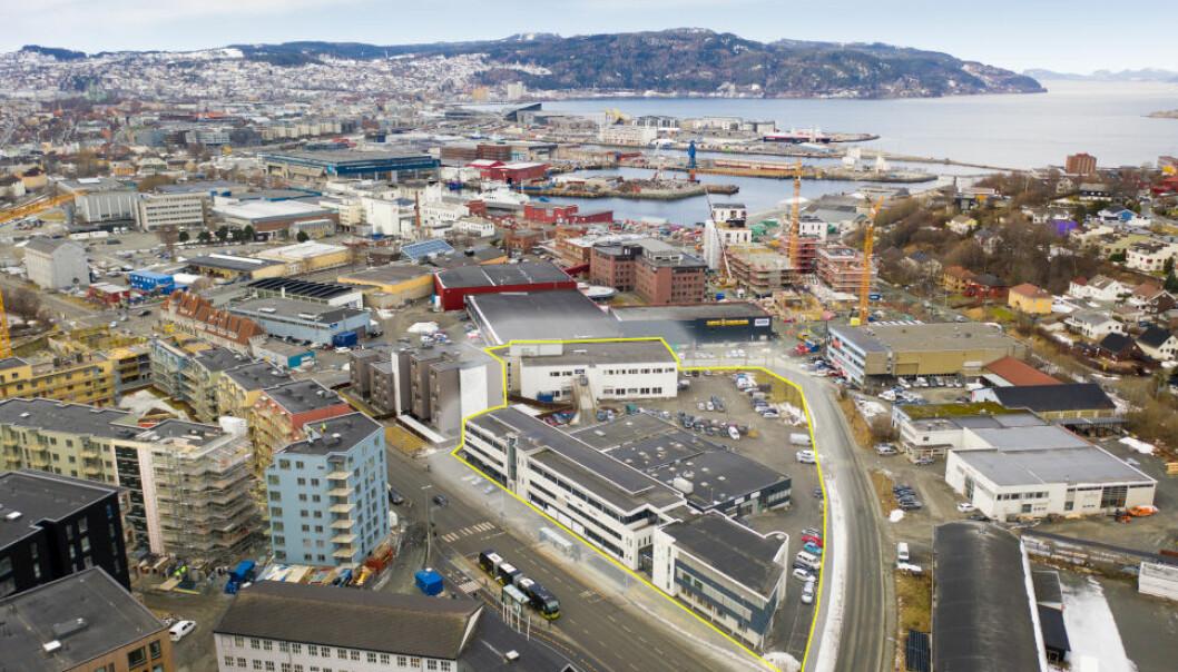 GÅR INN HER: Fredensborg Bolig blir samarbeidspartner i utviklingen av denne eiendommen (markert med gult) i Trondheim.