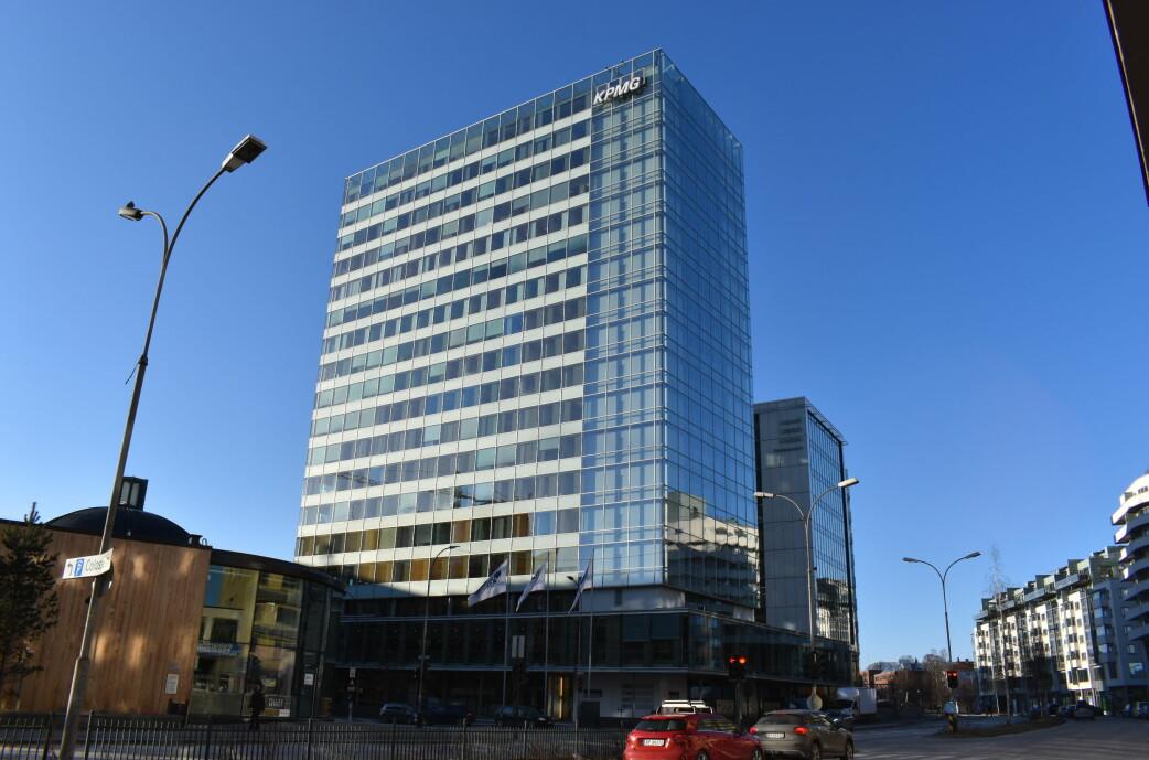MILLIONER: KPMG-bygget i Sørkedalsveien er ett av åtte som er undersøkt med tanke på å bruke byggematerialer om igjen.