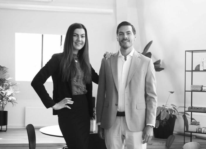 SOLID TEAM: Strupule har bakgrunn fra strukturering og salg av Big Data. Hun har blant annet startet en båtdelingstjeneste i Italia som ble kjøpt opp av Europas største båtutleier. Støyva har kompetanse innen finans, start-ups og teknologi. Han har også deltatt i flere suksessfulle start-ups, hvor noen er solgt til børsnoterte aktører.