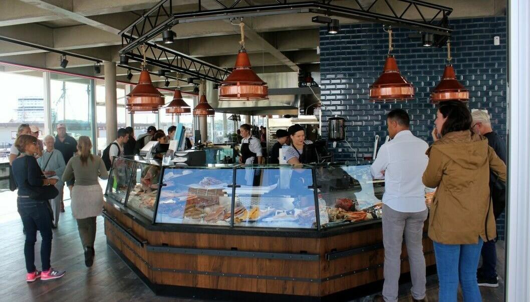 OMSTRIDT: Oslo Fisketorg er tidligere blitt beskyldt for å være en restaurant med fiskedisk.
