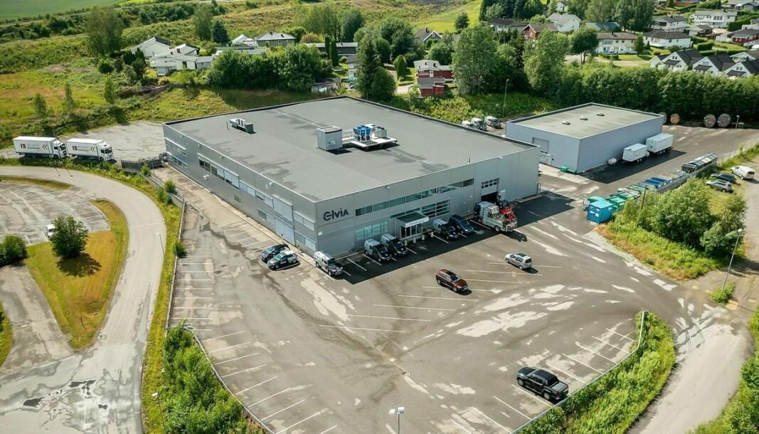 SELGES: Denne eiendommen genererer nesten 6 millioner kroner i leieinntekter årlig.